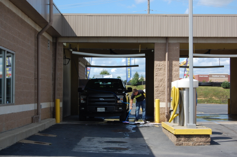 Dolphin car wash in riverbend way frederick md frederick car wash solutioingenieria Image collections